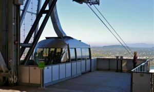 Tram at OHSU ready to descend